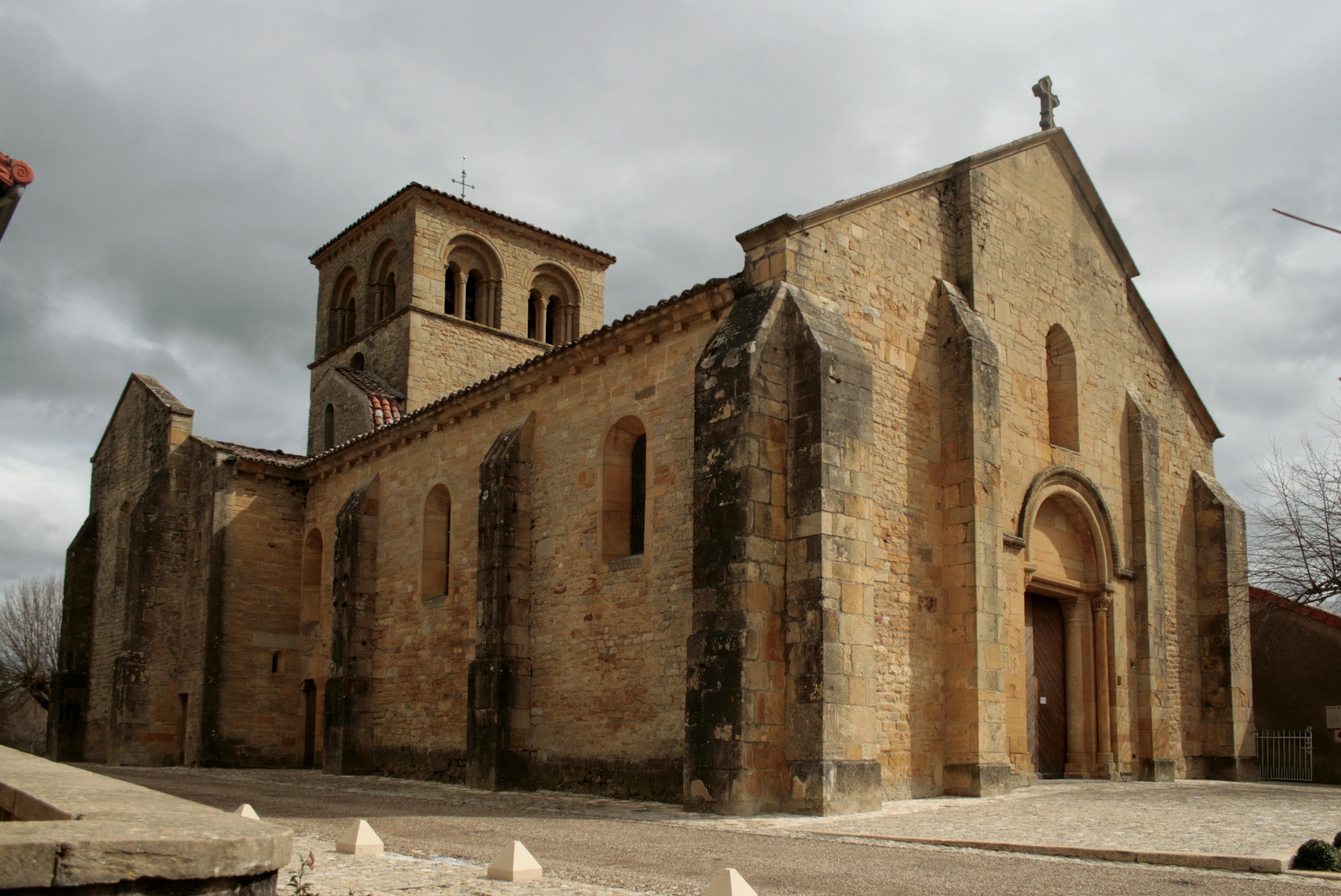 eglise romane saint marcel iguerande terre d ForEglise Romane Exterieur