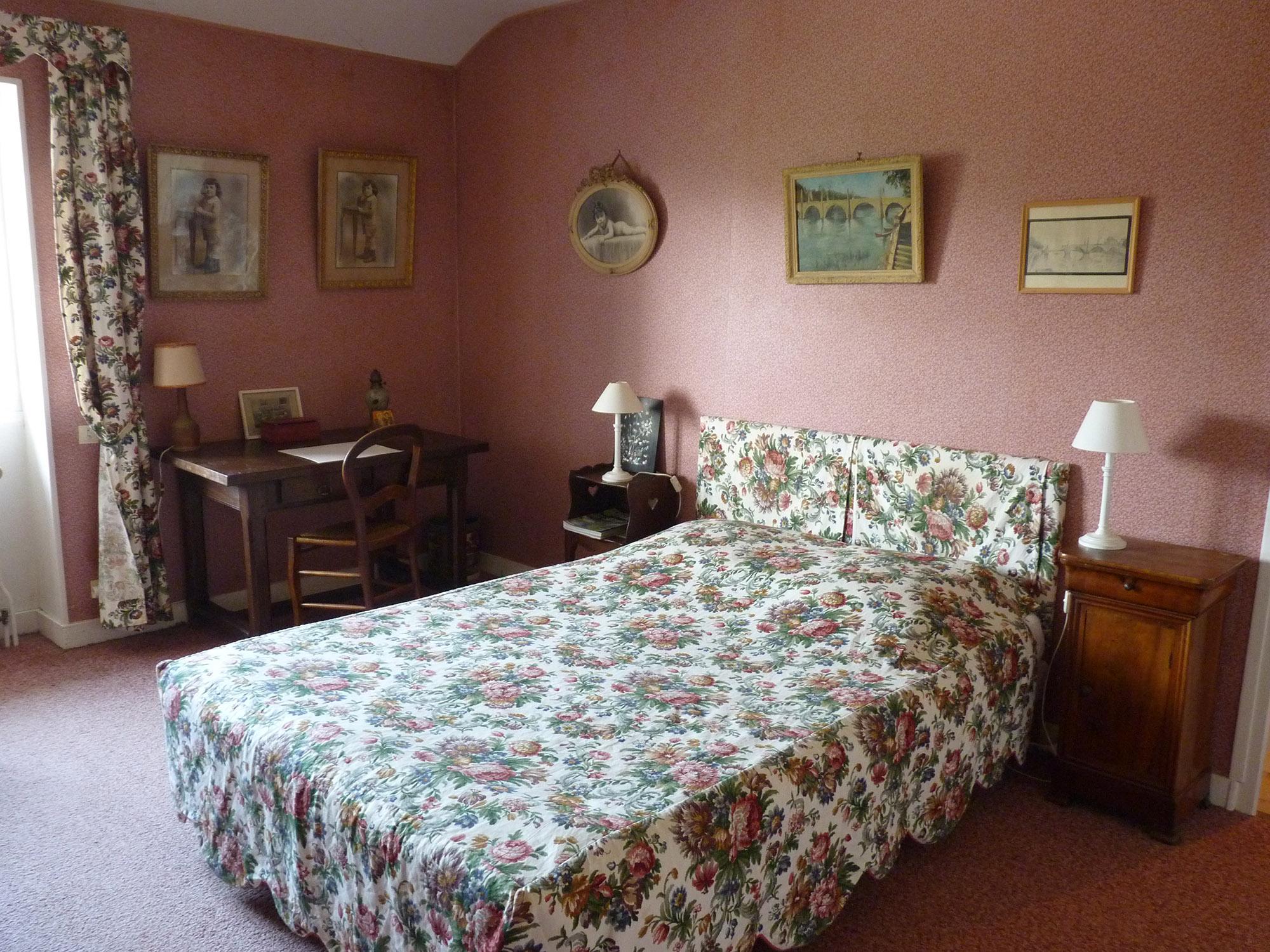 le colomb chambre d 39 h tes chambres d 39 h tes cluny et clunisois 71 sud bourgogne. Black Bedroom Furniture Sets. Home Design Ideas